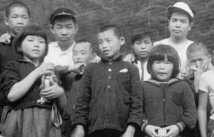 光の村初期の子供たち
